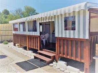Terrasse mobil home semi couverte